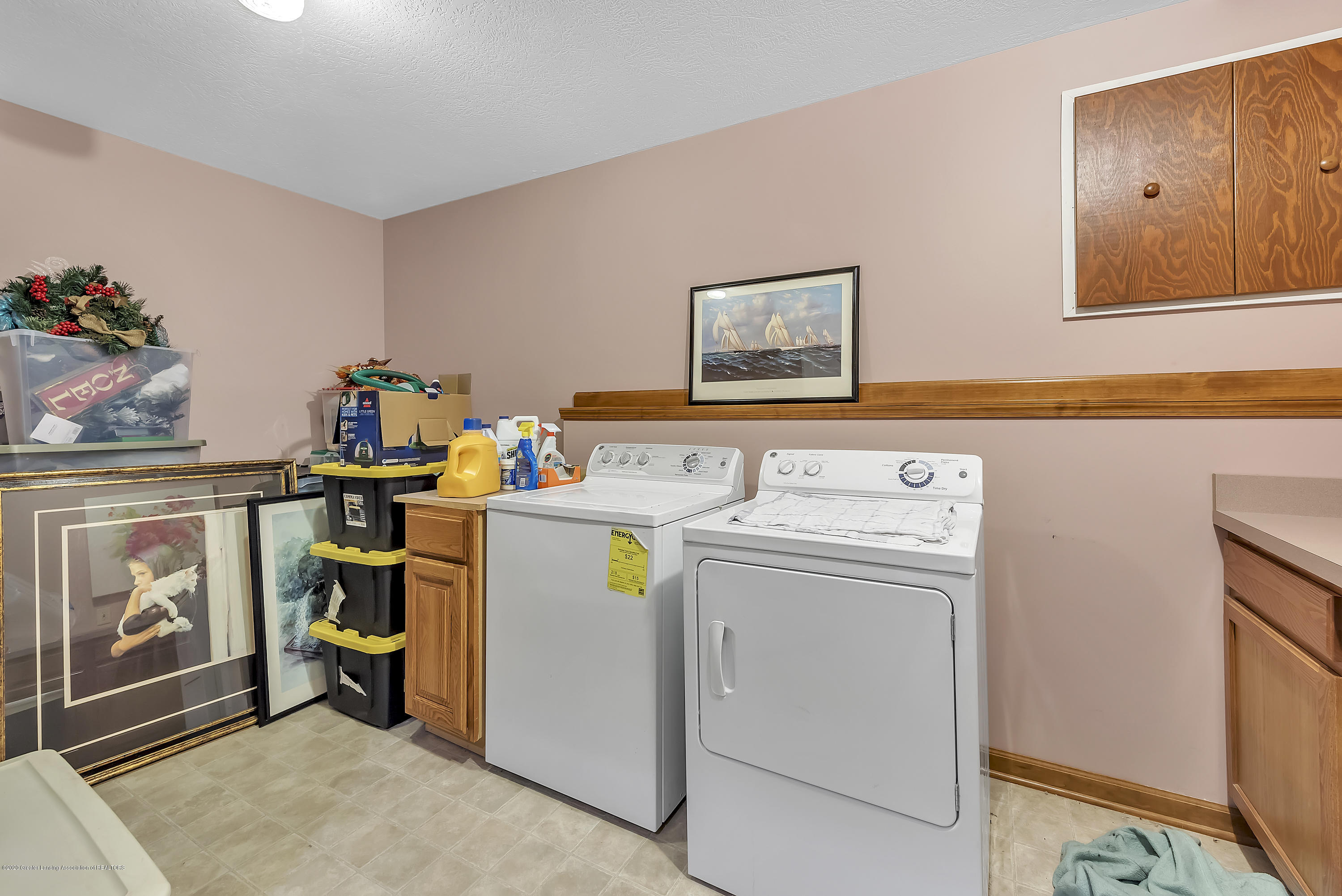 2450 Featherstone Dr - 2450-Featherstone-Dr-WindowStill-Real-Es - 25
