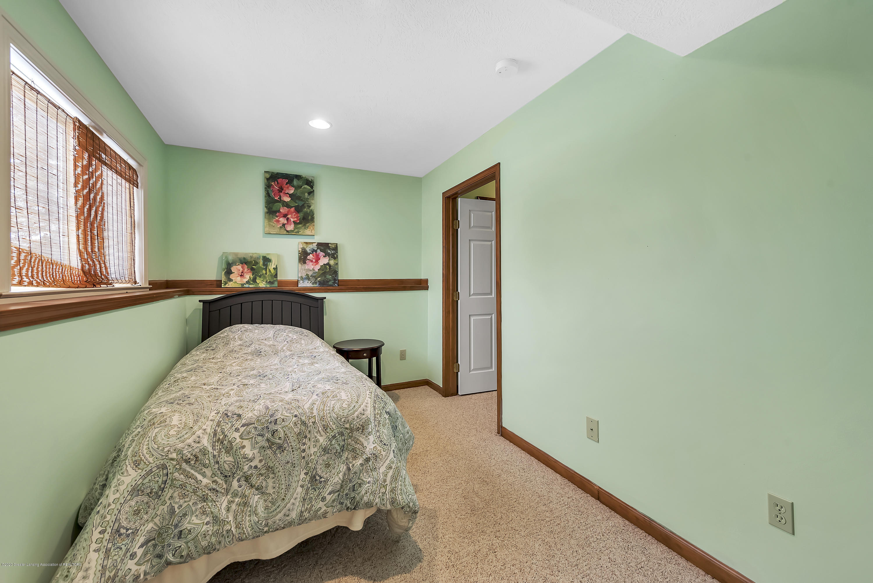 2450 Featherstone Dr - 2450-Featherstone-Dr-WindowStill-Real-Es - 27