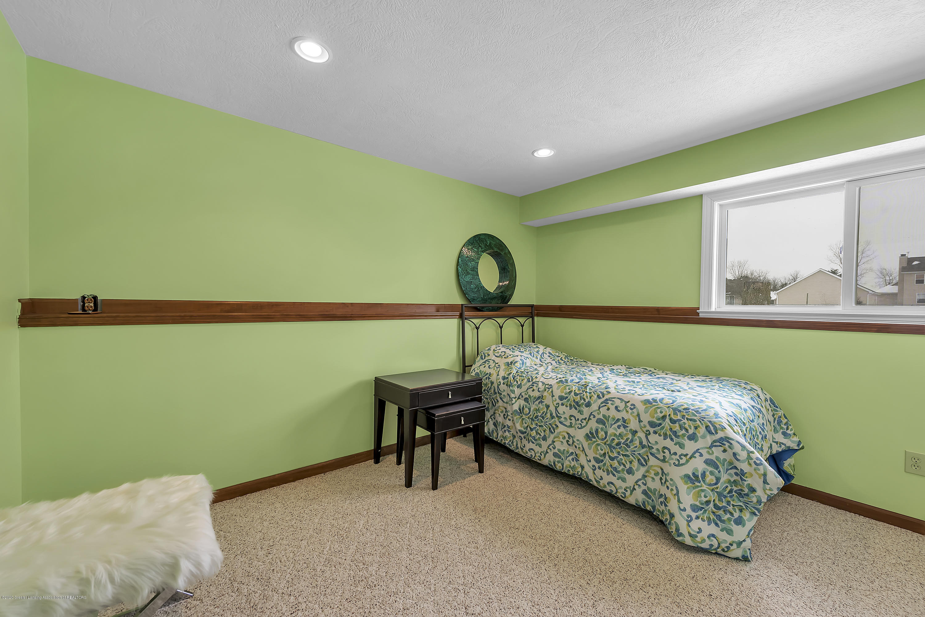 2450 Featherstone Dr - 2450-Featherstone-Dr-WindowStill-Real-Es - 28
