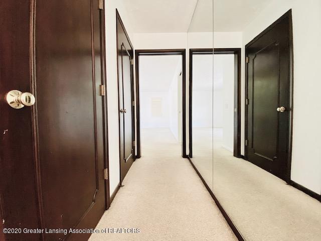 6074 E Longview Dr - Coat Closet/Hallway to 2nd Bedroom - 23