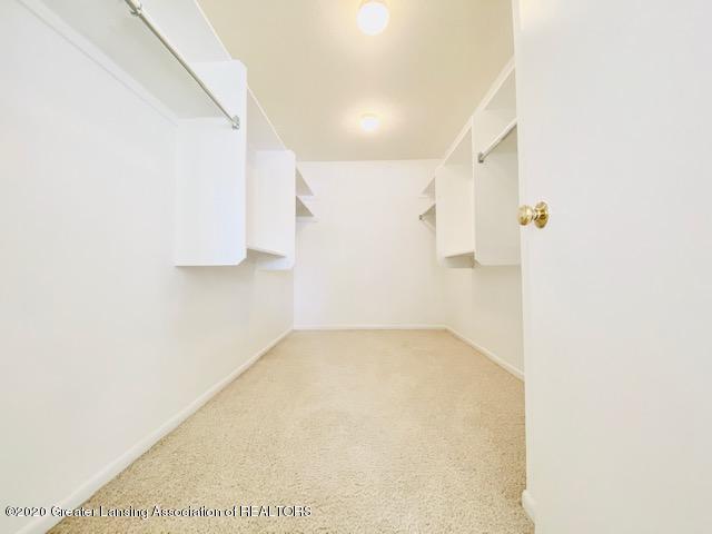 6074 E Longview Dr - Walk-in Closet - 35