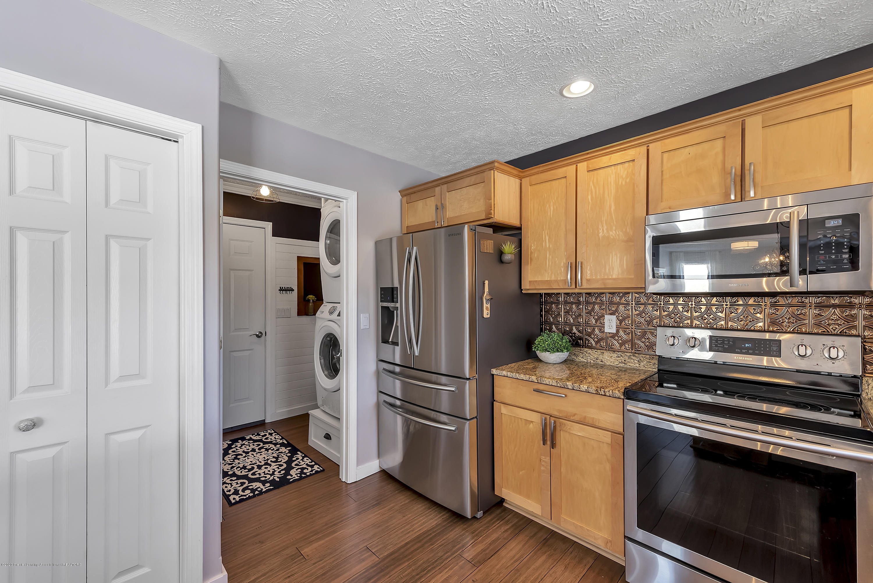 5206 Witherspoon Way - 5206-Witherspoon-Way-WindowStill-Real-Es - 21