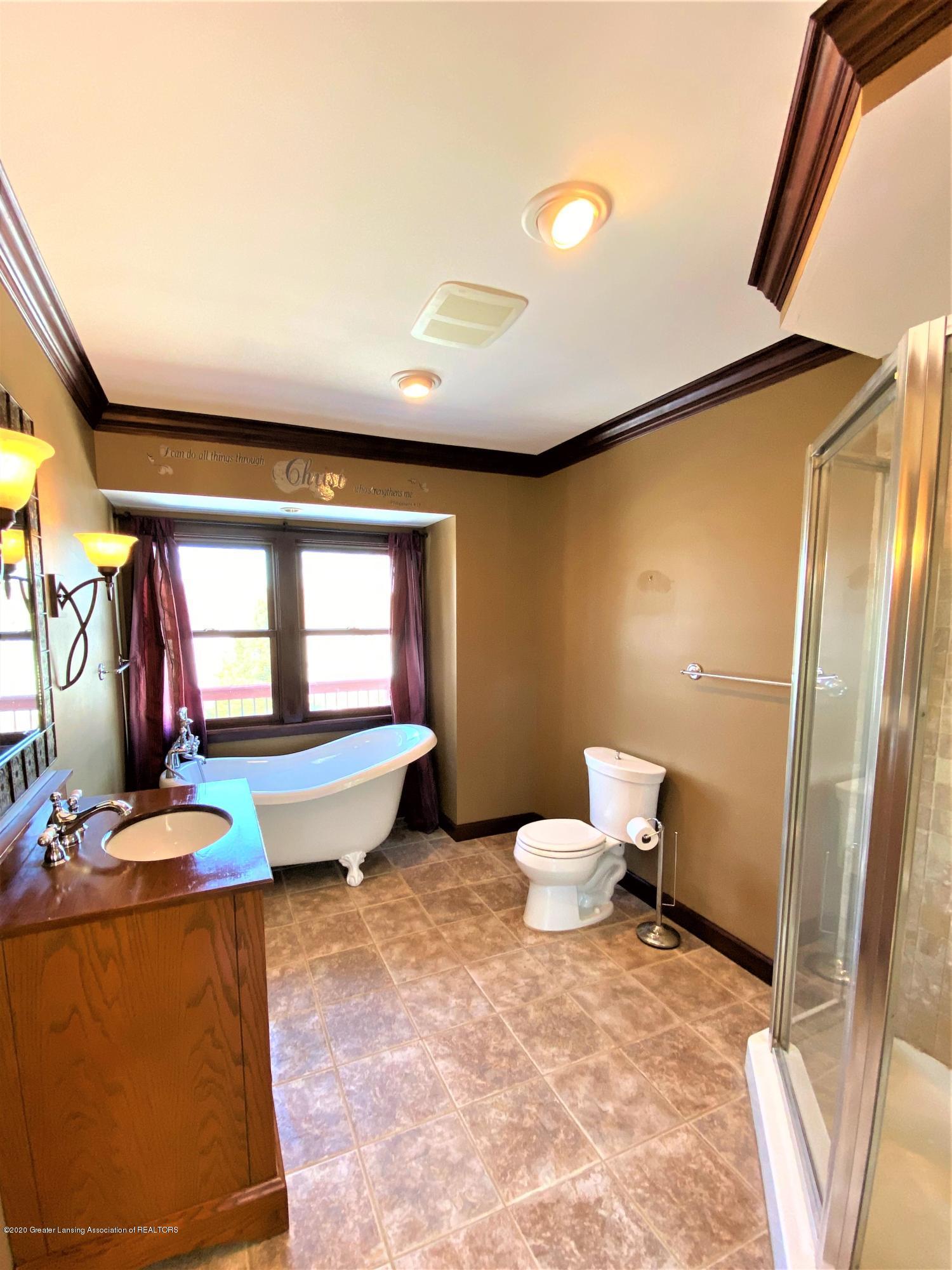 7258 Hollister Rd - Hol Master Bath - 20