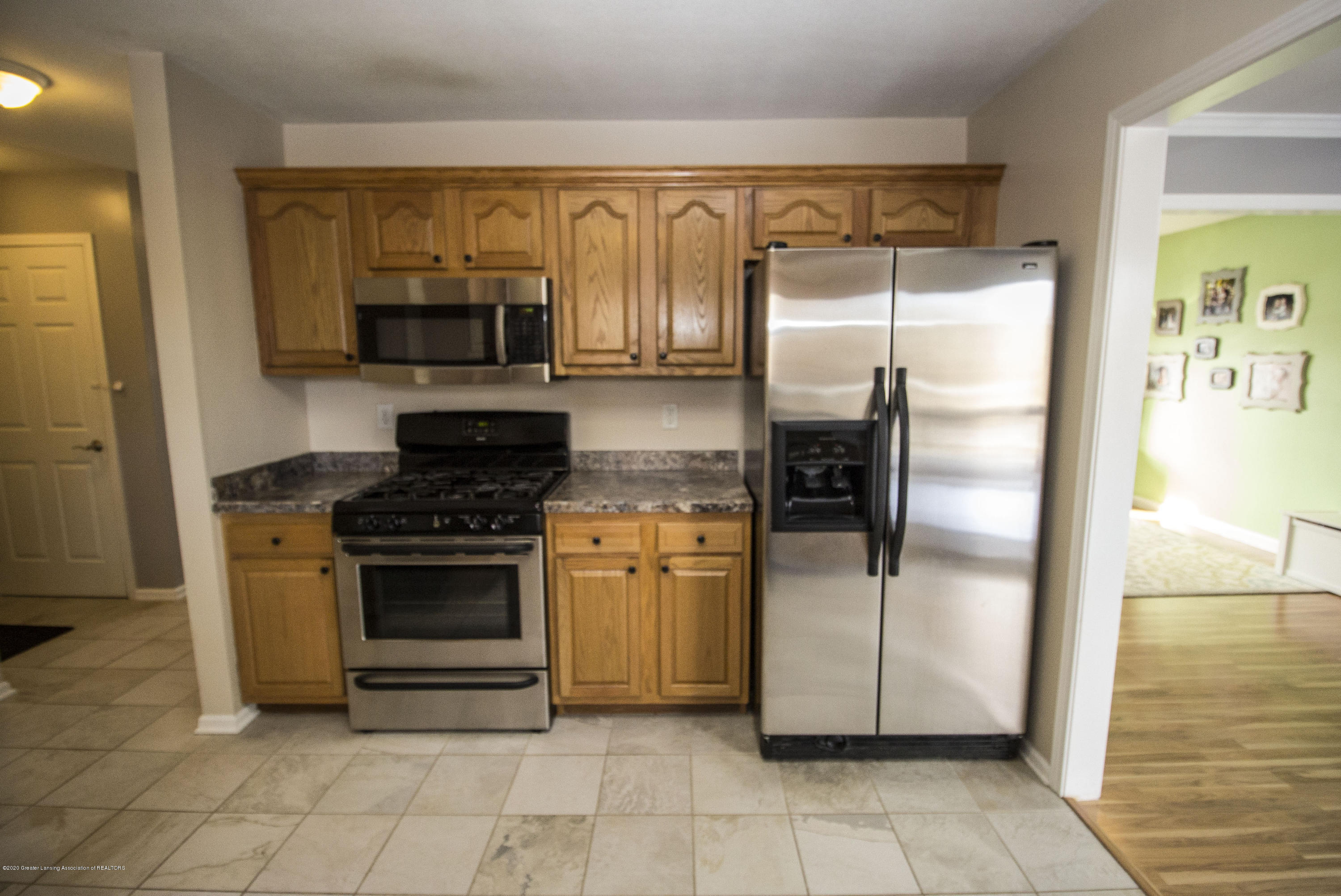 5498 Caplina Dr - Kitchen 4 - 13