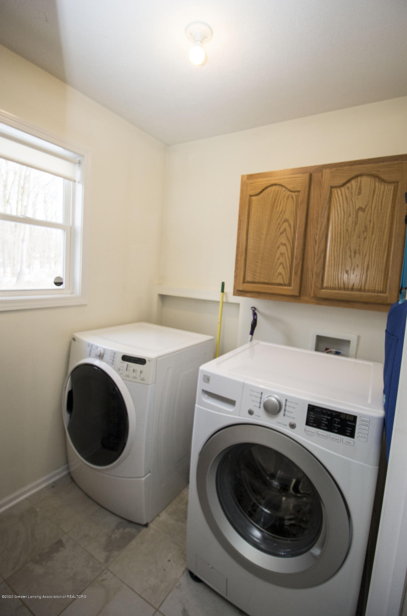 5498 Caplina Dr - First floor laundry - 14