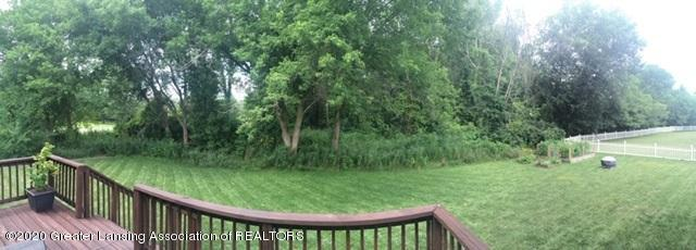 5498 Caplina Dr - Back yard - 32