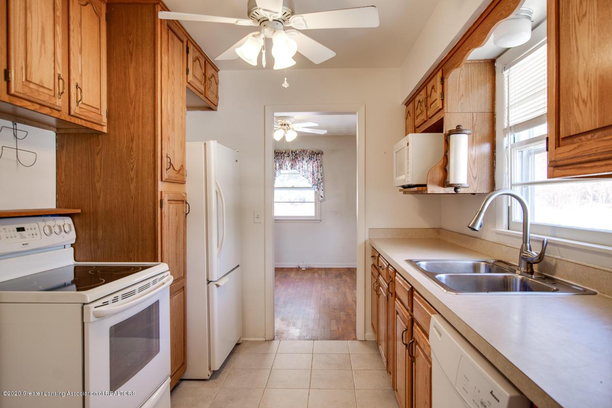5784 Lounsbury Rd - kitchen - 10
