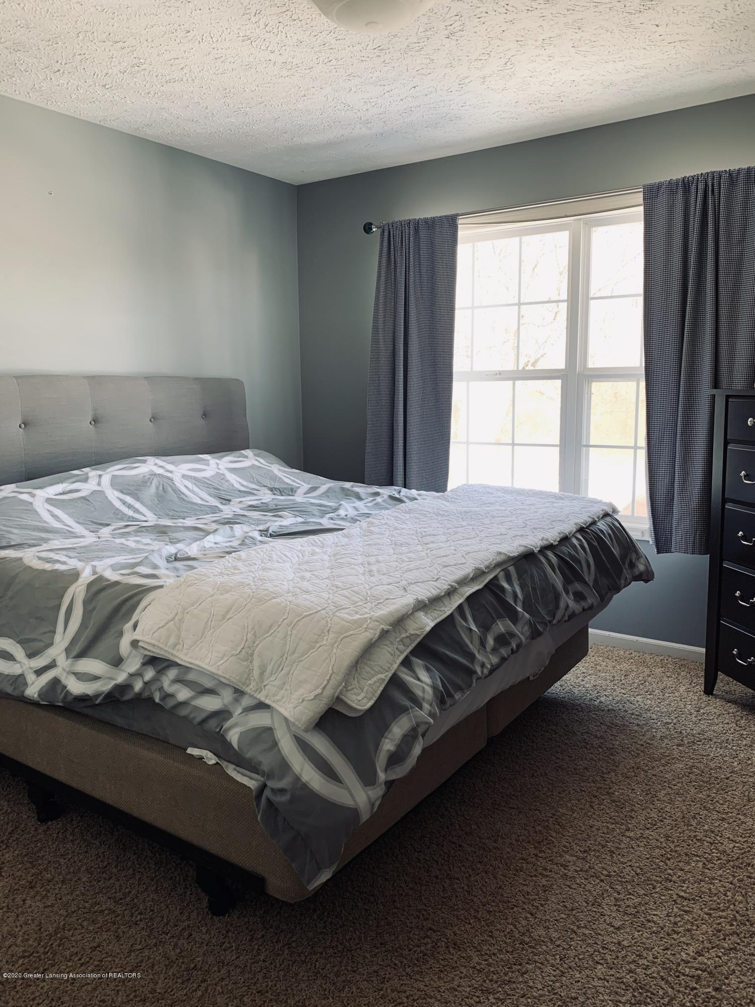7291 Coneflower Ct - bedroom - 37