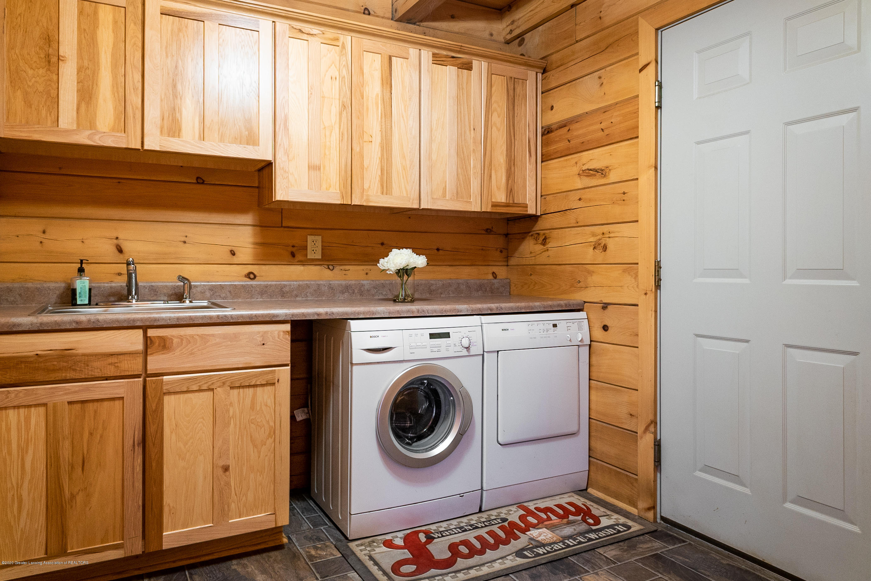 6208 Halsey Rd - Laundry Room - 22