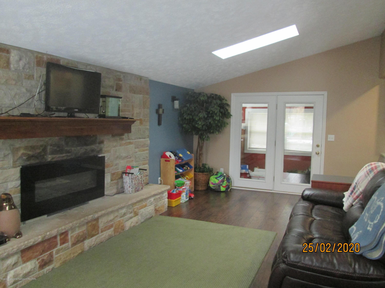 3597 Harper Rd - Living Room - 2