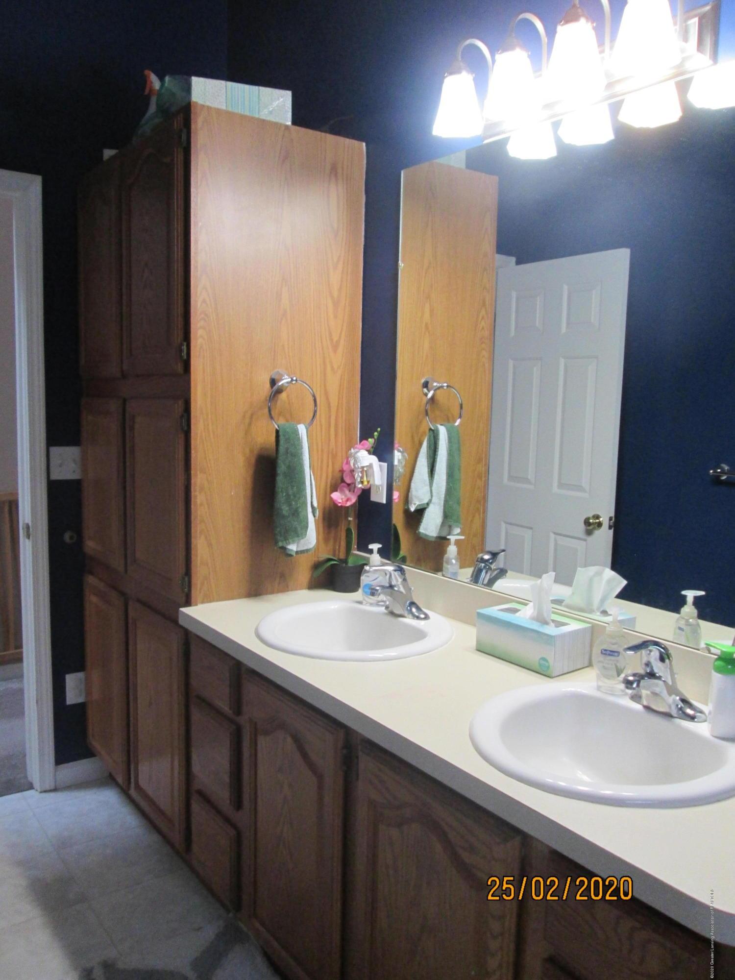 3597 Harper Rd - Main Bath - 16