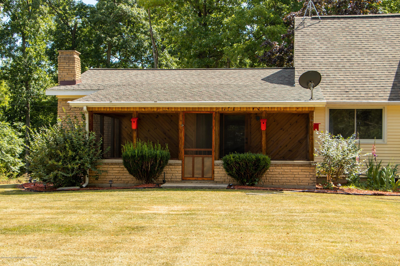 5655 E Pratt Rd - back porch outside view - 34