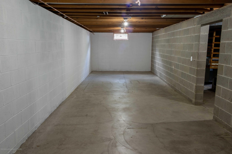 5655 E Pratt Rd - large basement room - 32