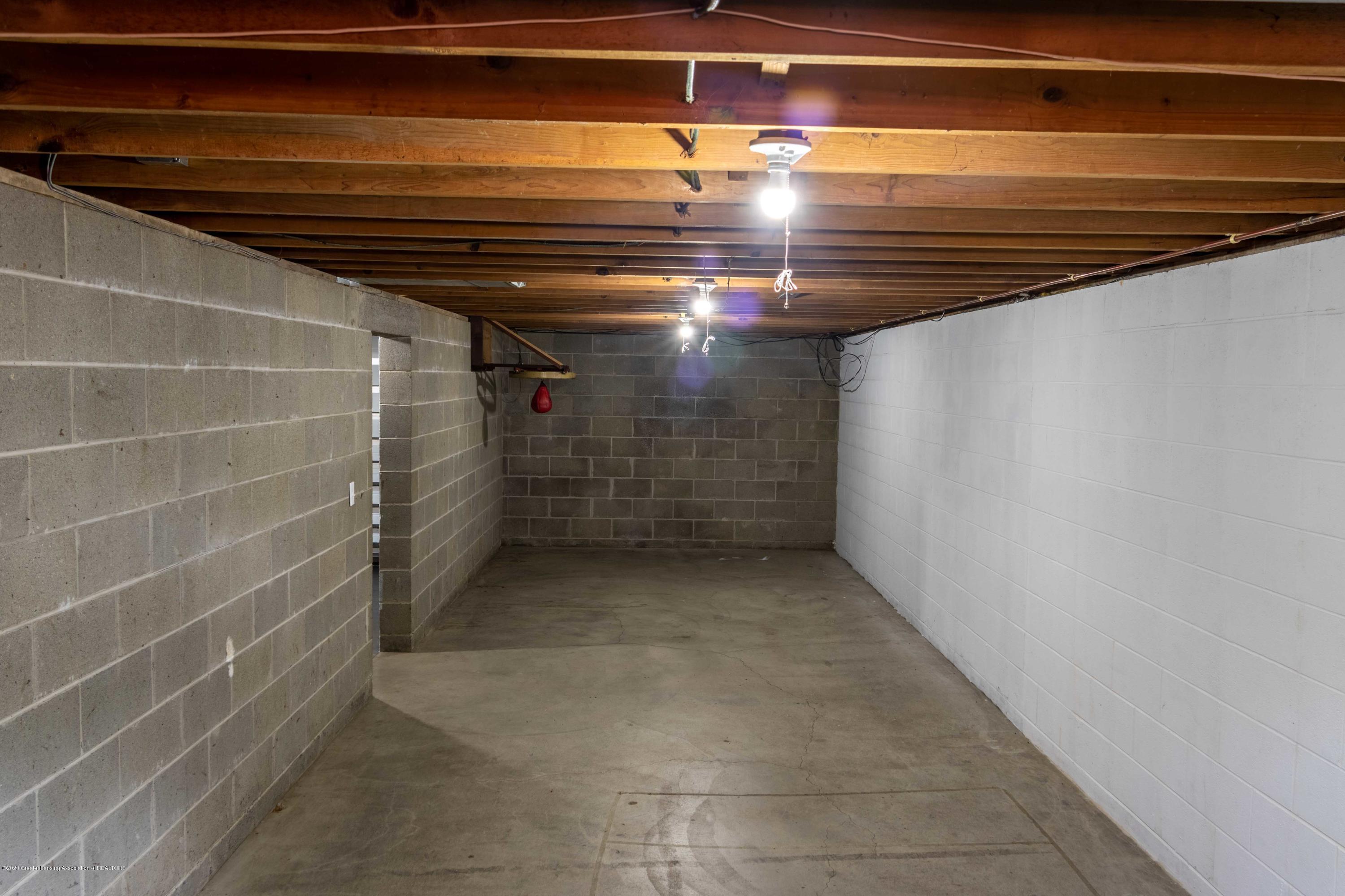 5655 E Pratt Rd - large basement room-2 - 33