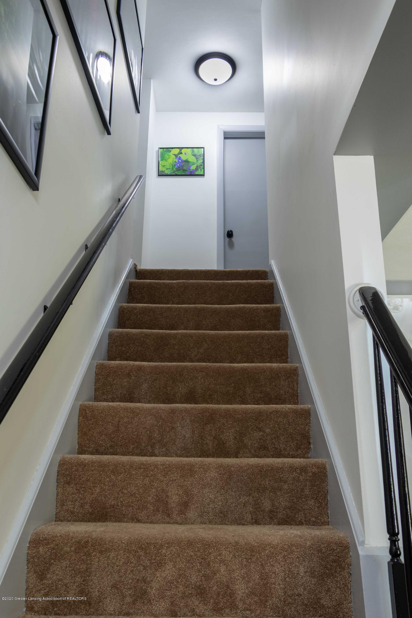 5655 E Pratt Rd - stairway - 20