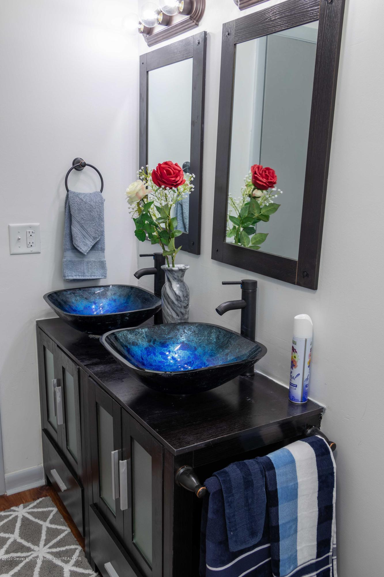 5655 E Pratt Rd - upstairs bathroom-2 - 24
