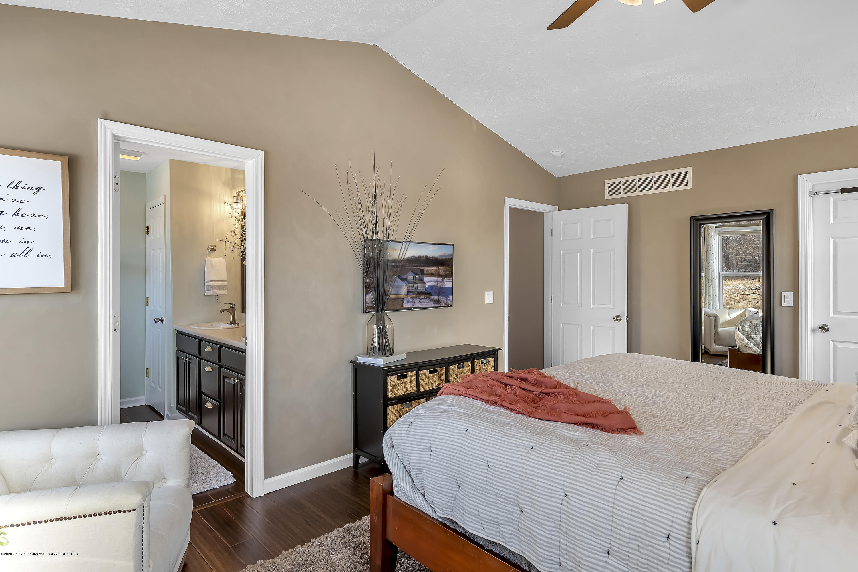 5206 Witherspoon Way - 5206-Witherspoon-Way-WindowStill-Real-Es - 30