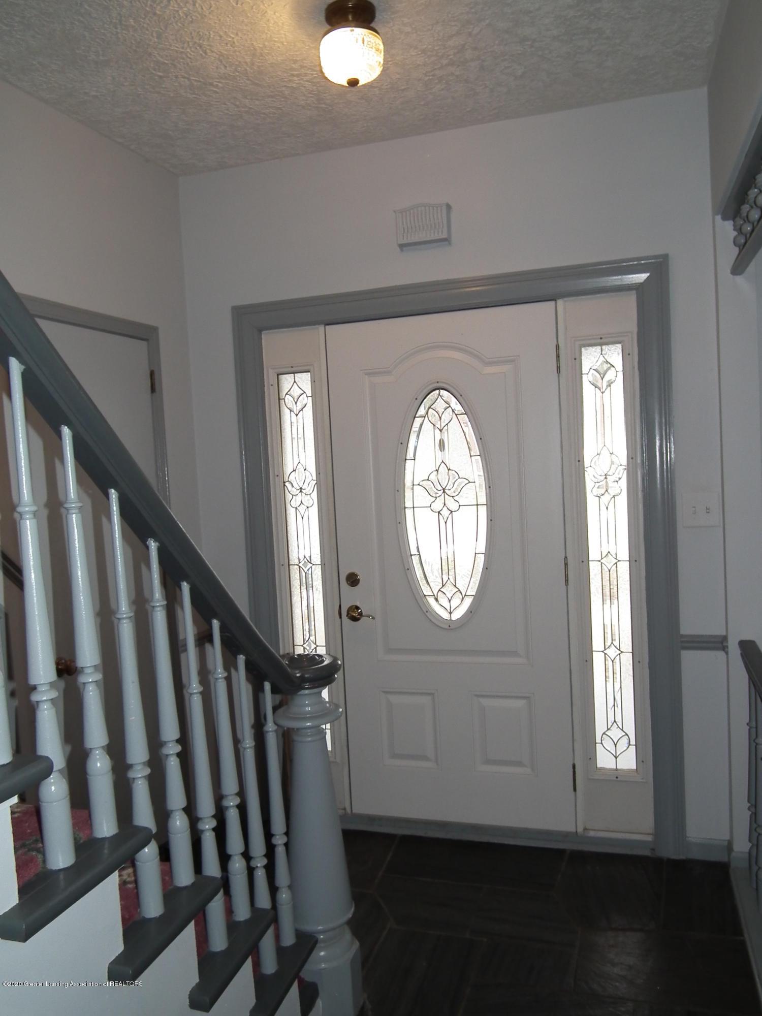 209 N Church St - 209 N. church, Foyer - 1