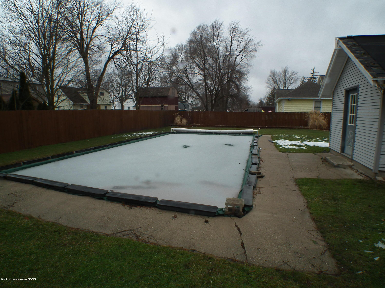 209 N Church St - 209 N. Church, pool - 43