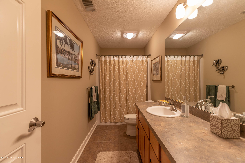 13239 Blaisdell Dr - Bathroom - 37