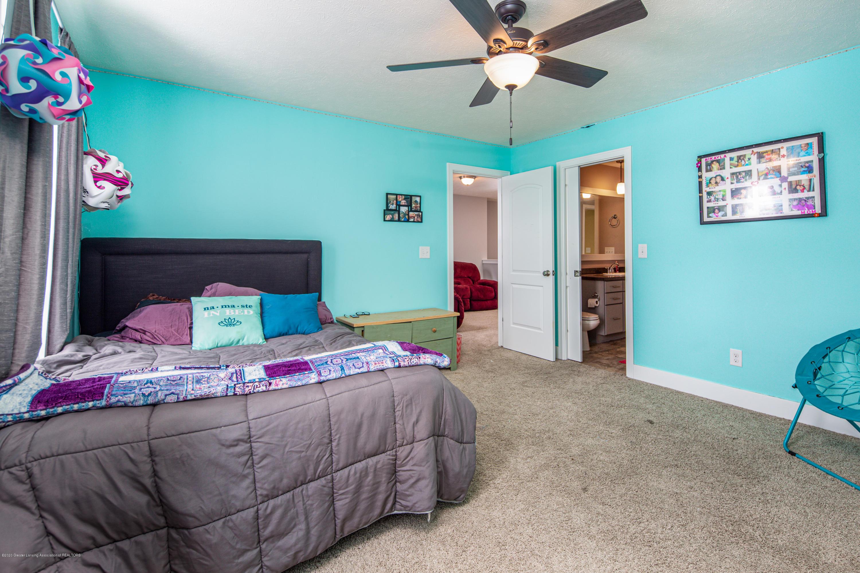 10596 Saddlebrook Dr - Bedroom 2 - 21