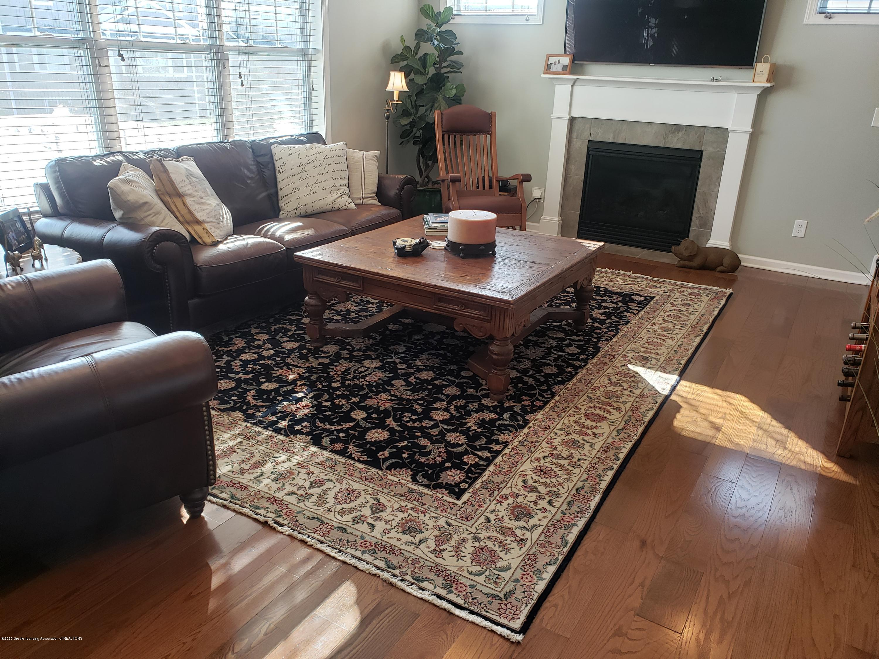 2753 Kittansett Dr - Great Room - 16