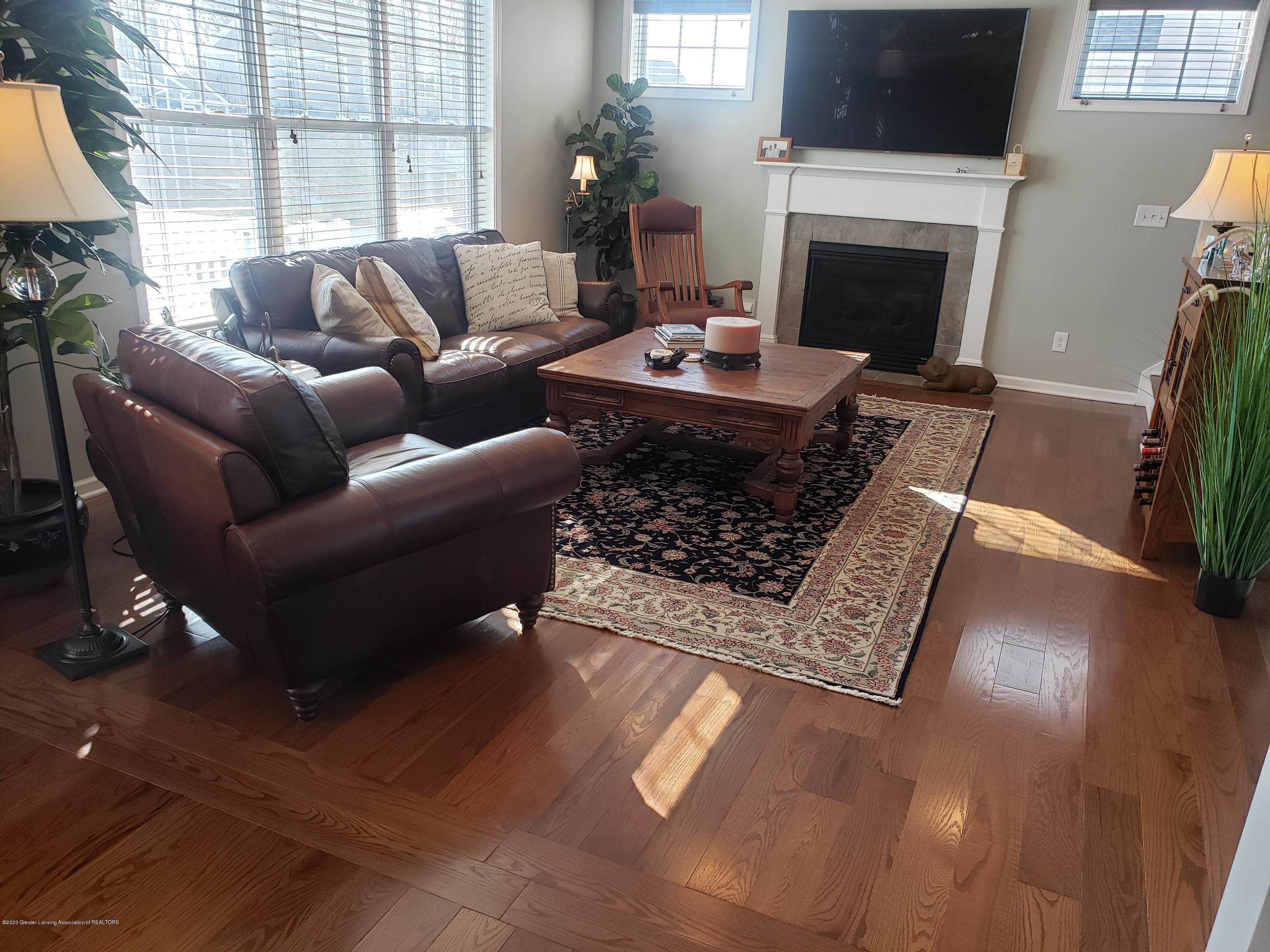 2753 Kittansett Dr - Great Room - 17