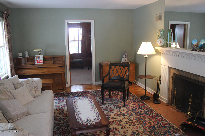 646 Beech St - Living Room(Stegman) - 2