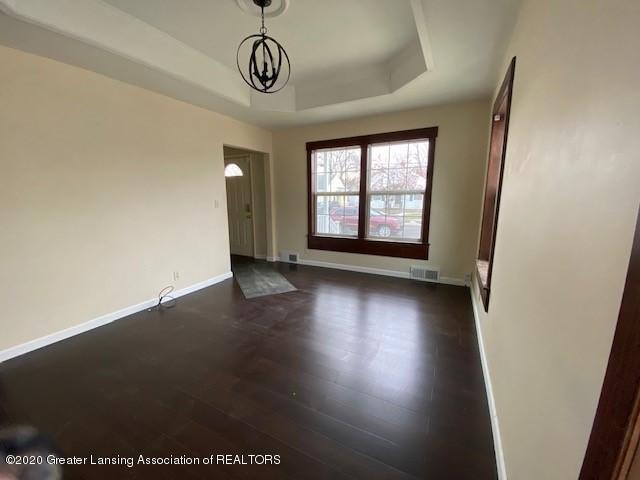 1216 George St - Living Room - 5