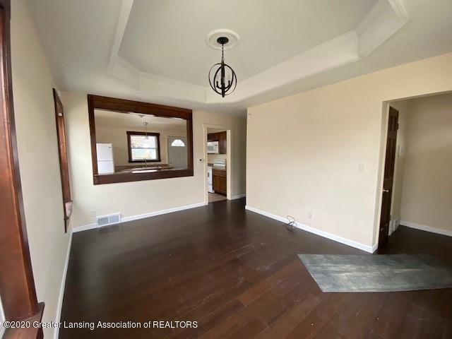 1216 George St - Living Room - 4