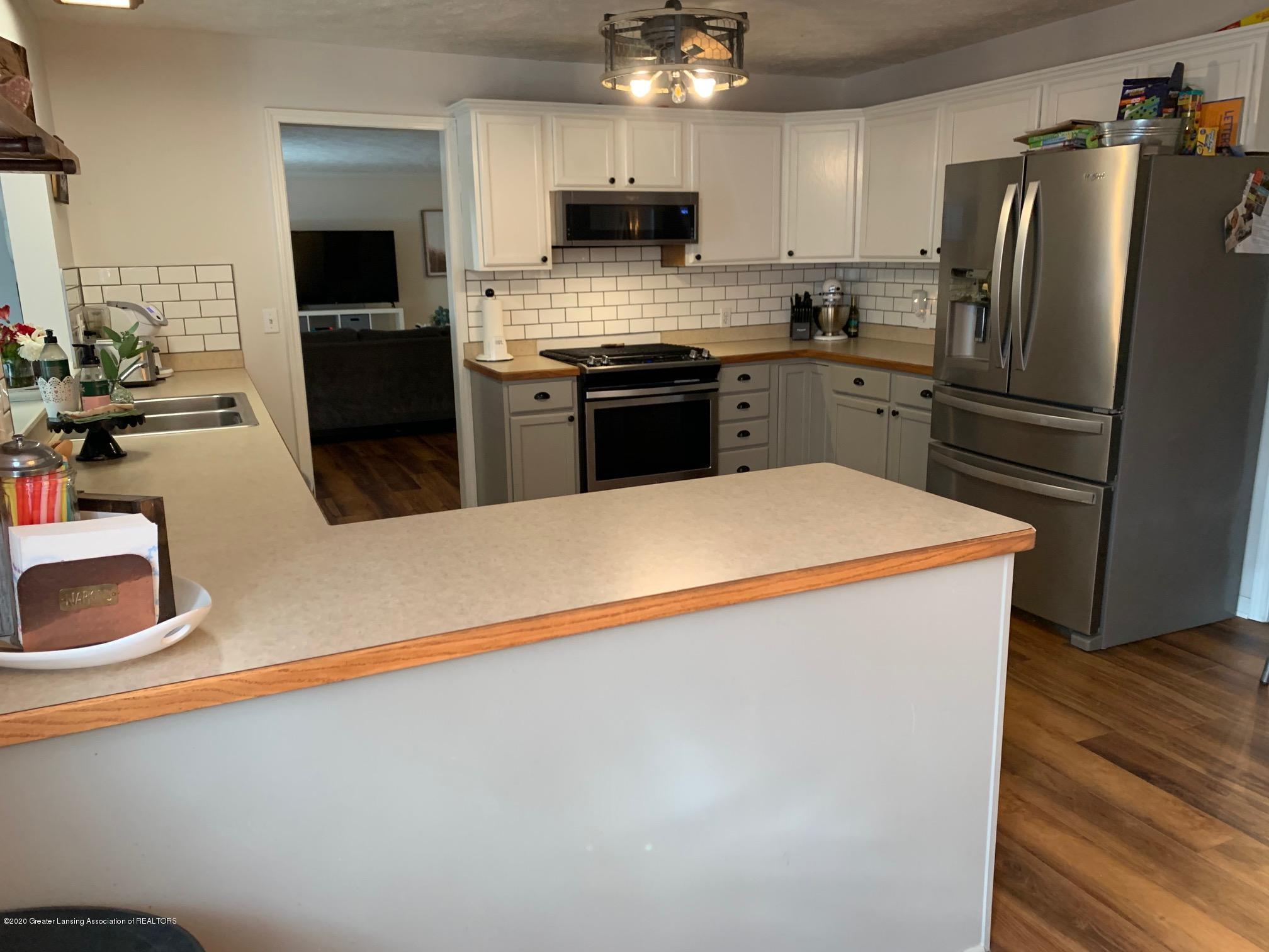 2096 S Perkey Rd - Kitchen - 10