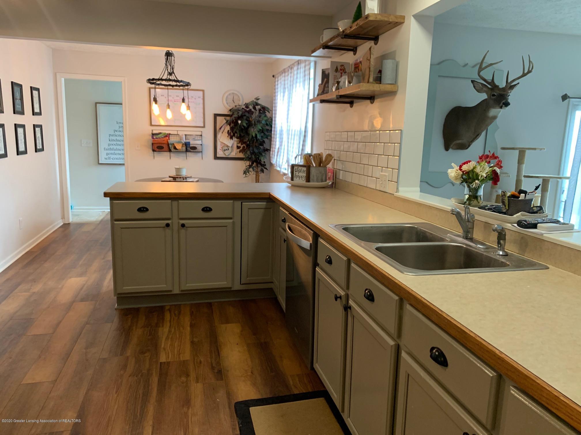 2096 S Perkey Rd - Kitchen - 8