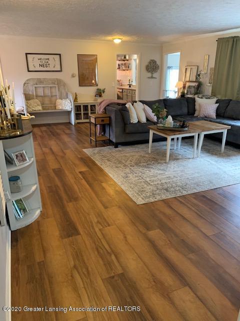 2096 S Perkey Rd - Living Room - 13