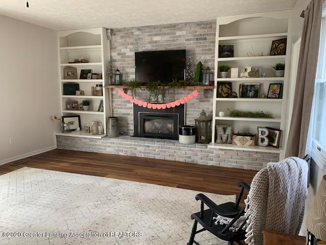 2096 S Perkey Rd - Woodburning Fireplace - 15