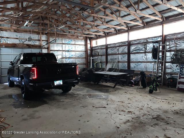 2096 S Perkey Rd - pole barn - 44