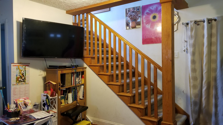 1209 W Ottawa St - Stairs - 5