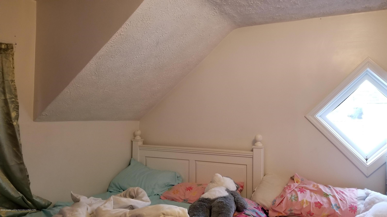 1209 W Ottawa St - 2nd Floor Bedroom 3 - 15
