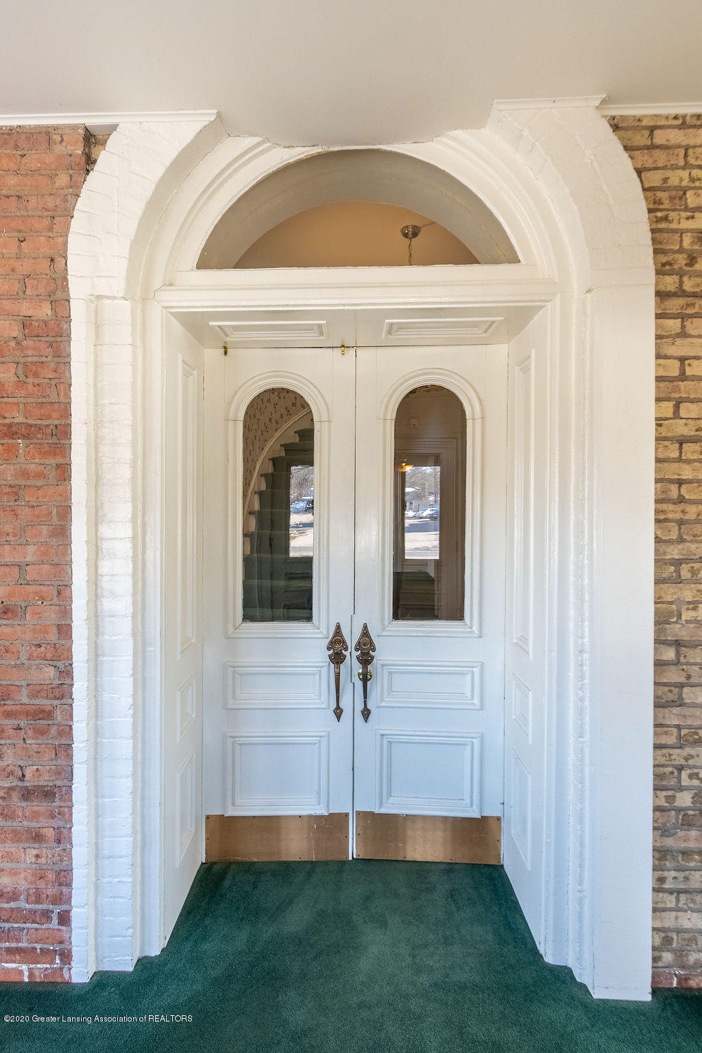 207 Jefferson - 207 Jefferson Front Entry - 8