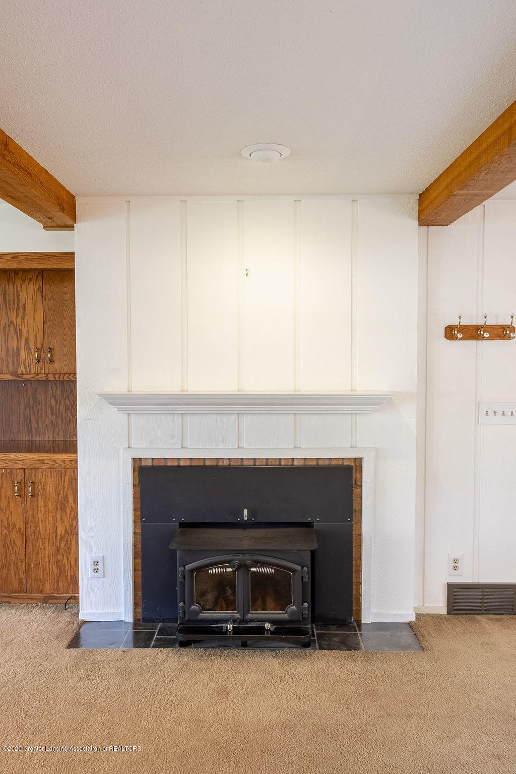 985 Northgate Dr - Fireplace - 14