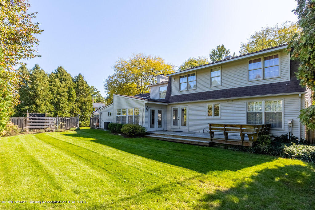 985 Northgate Dr - Rear View - 25