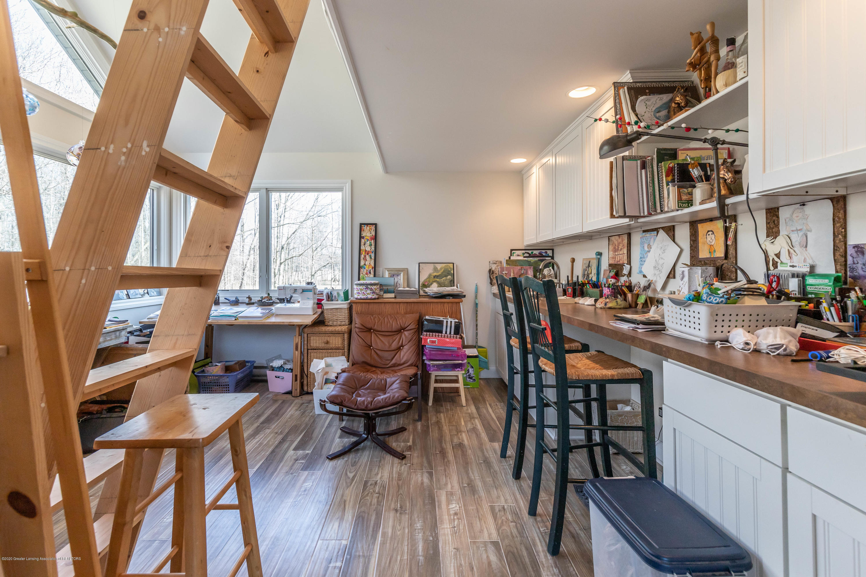 4433 Sleight Rd - Craft Room/Studio - 30