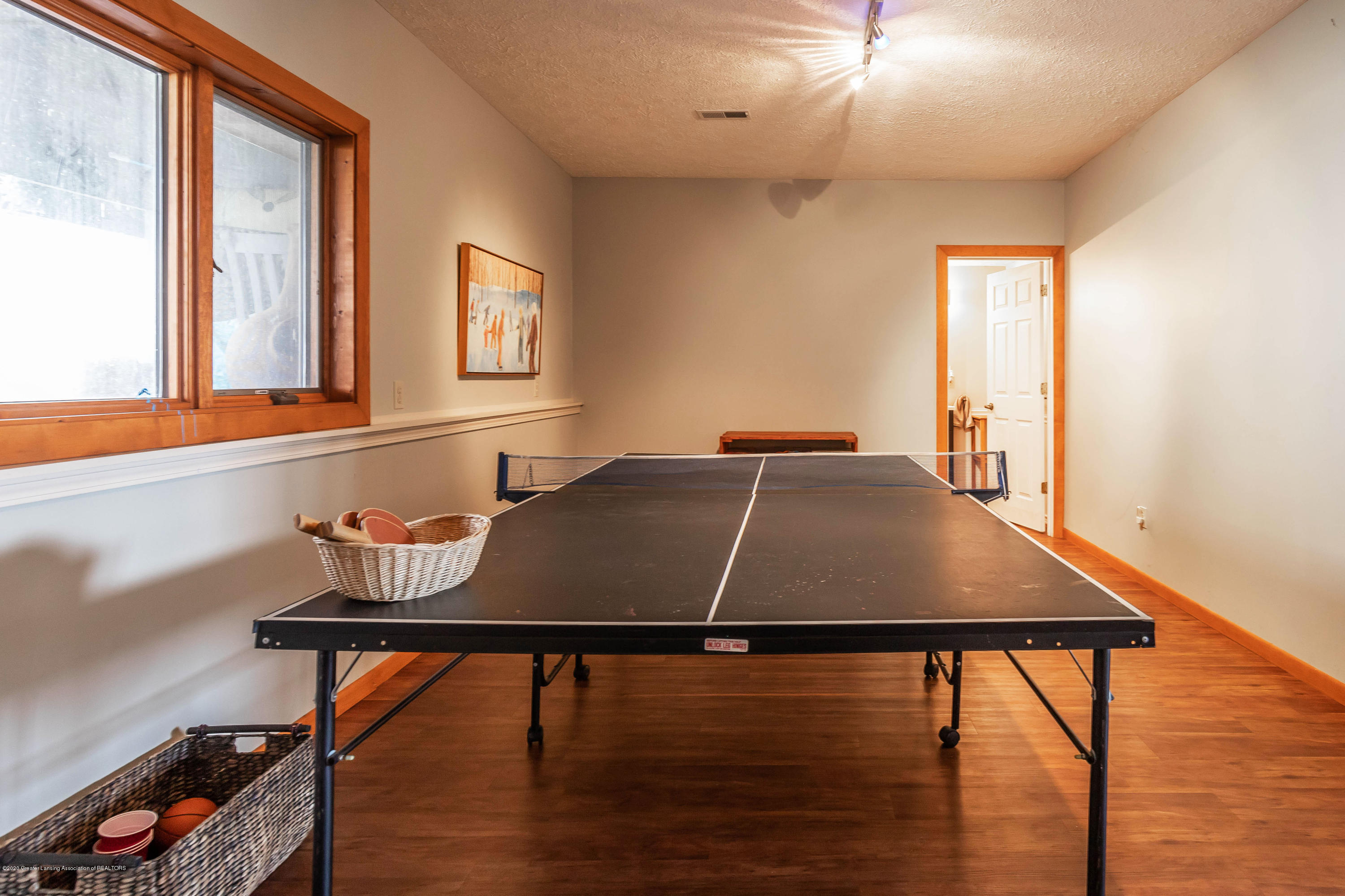 4433 Sleight Rd - Lower Level Family Room/Game Room - 45