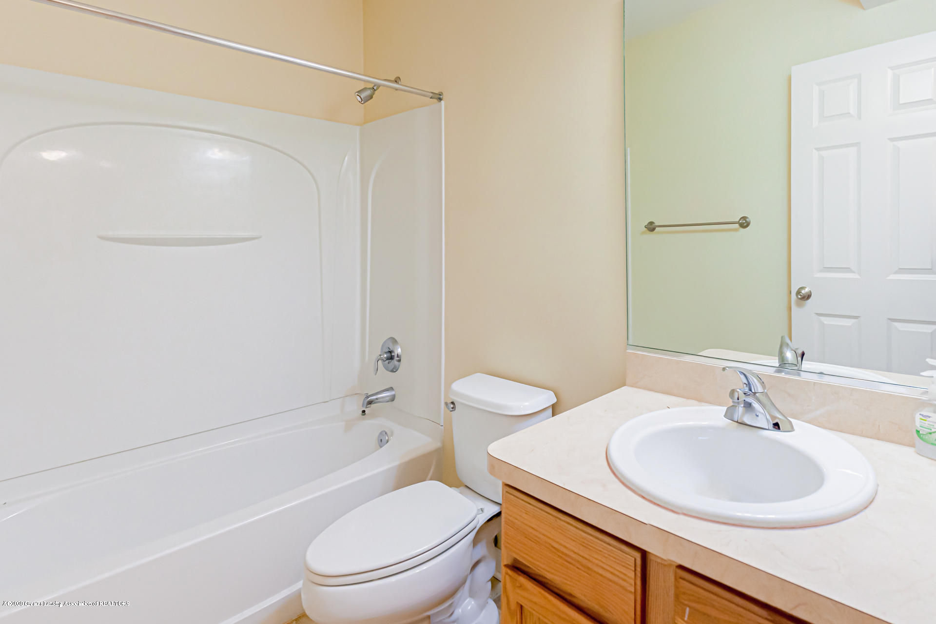 3612 Shearwater Ln - Bathroom - 17