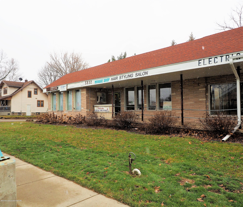 5824 S Cedar St 3 - Front of Building - 1