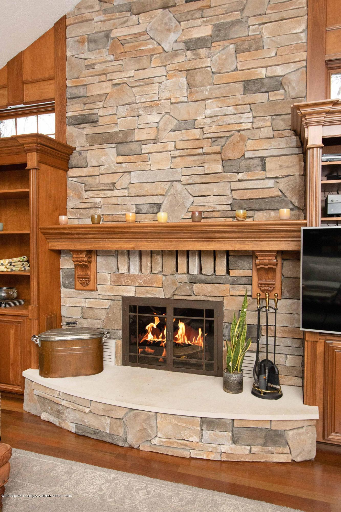 3631 Beech Tree Ln - 3631 Beech Tree Family Room Fireplace - 24