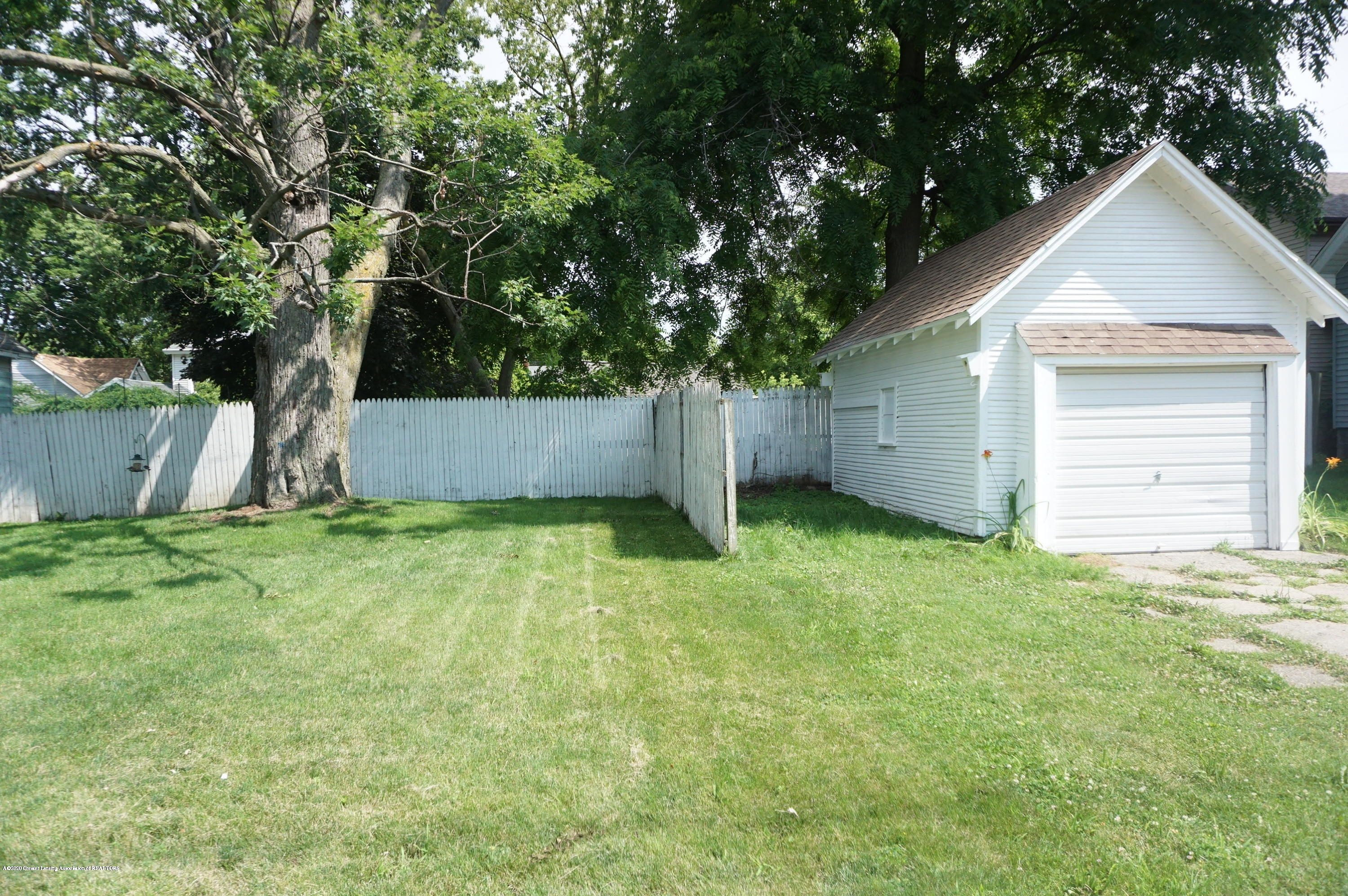 1920 Stirling Ave - Yard - 5