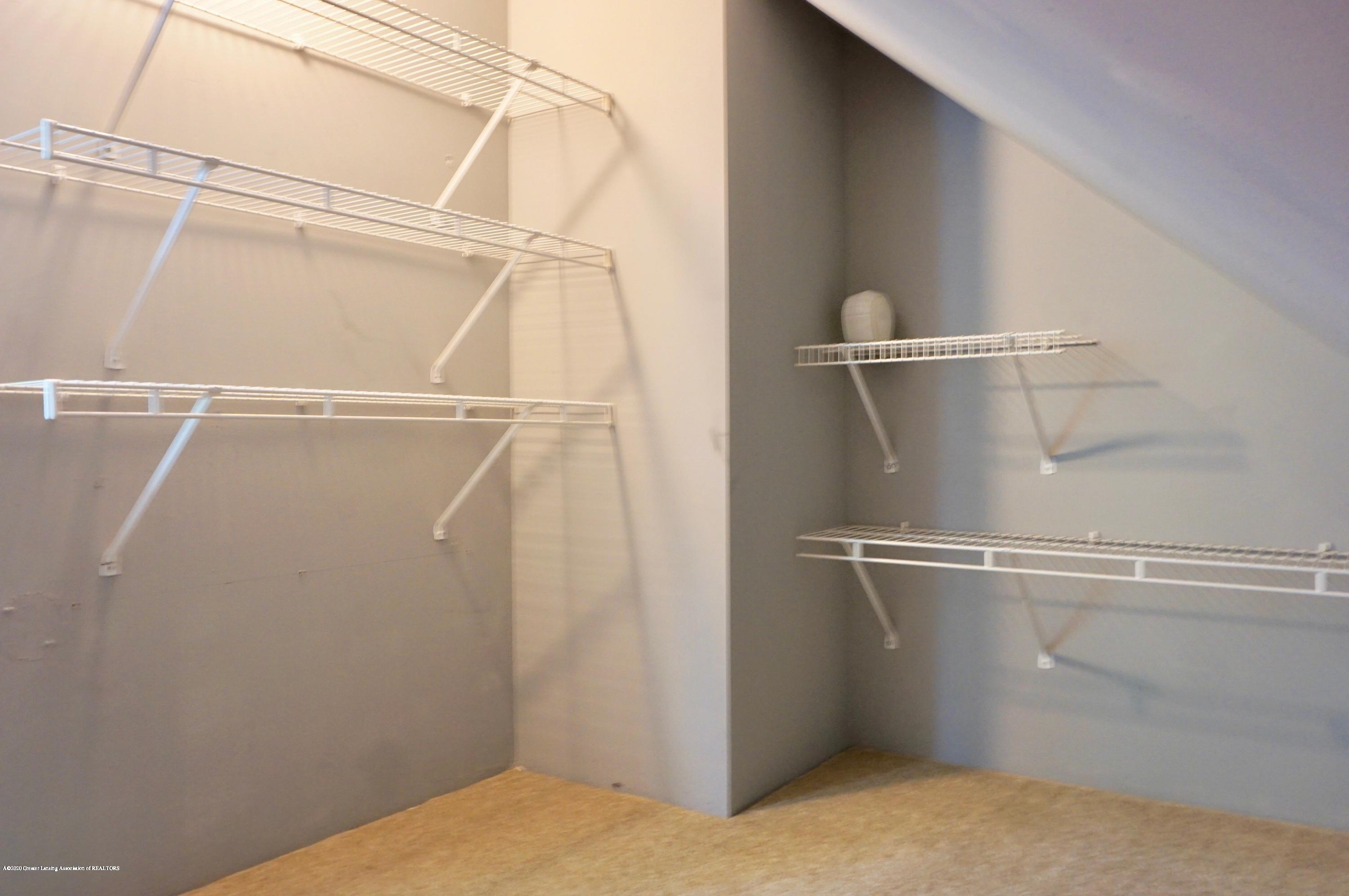 1920 Stirling Ave - Closet - 15