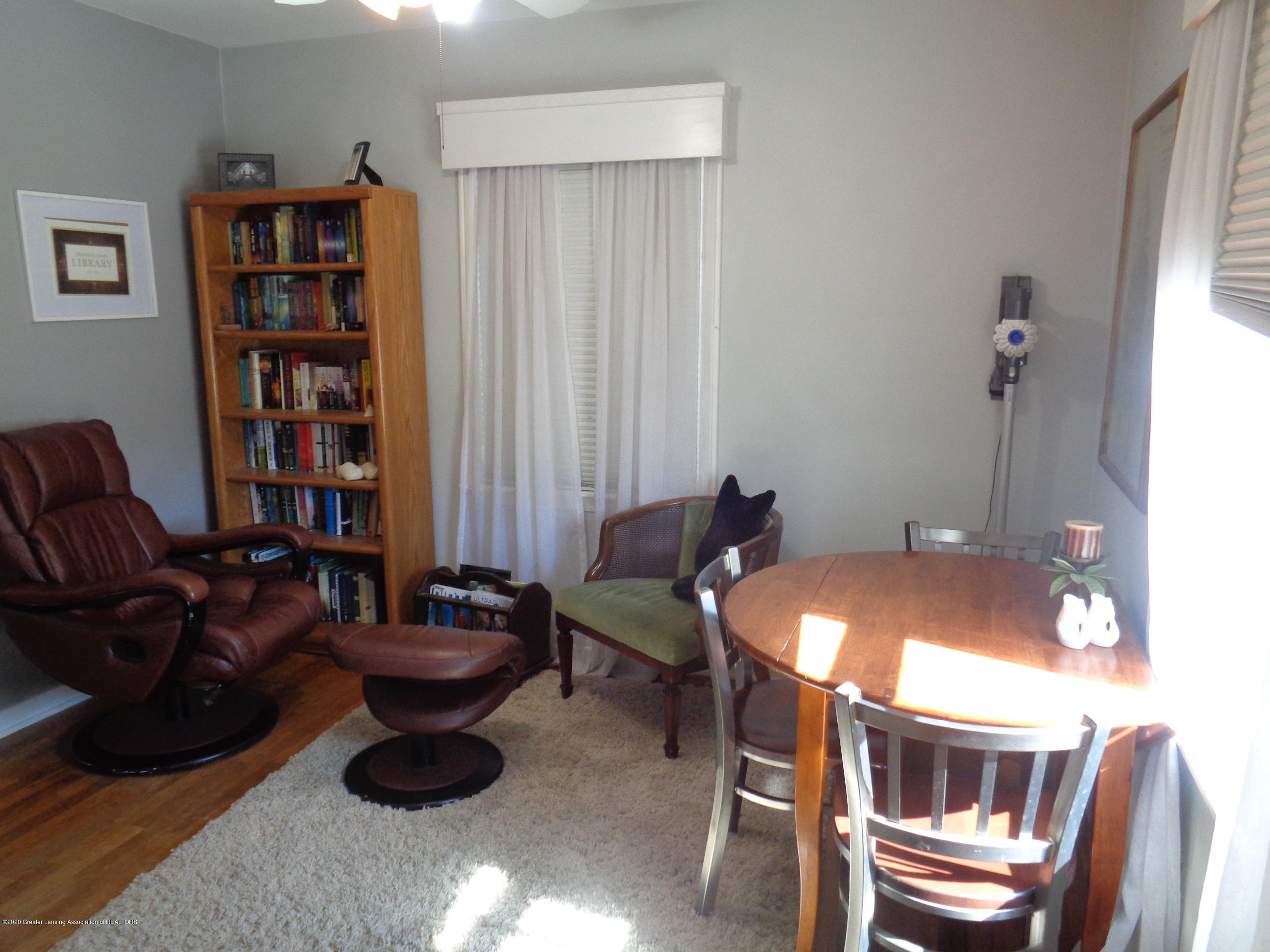 1130 Tisdale Ave - tisdale bedroom 2.1 - 8