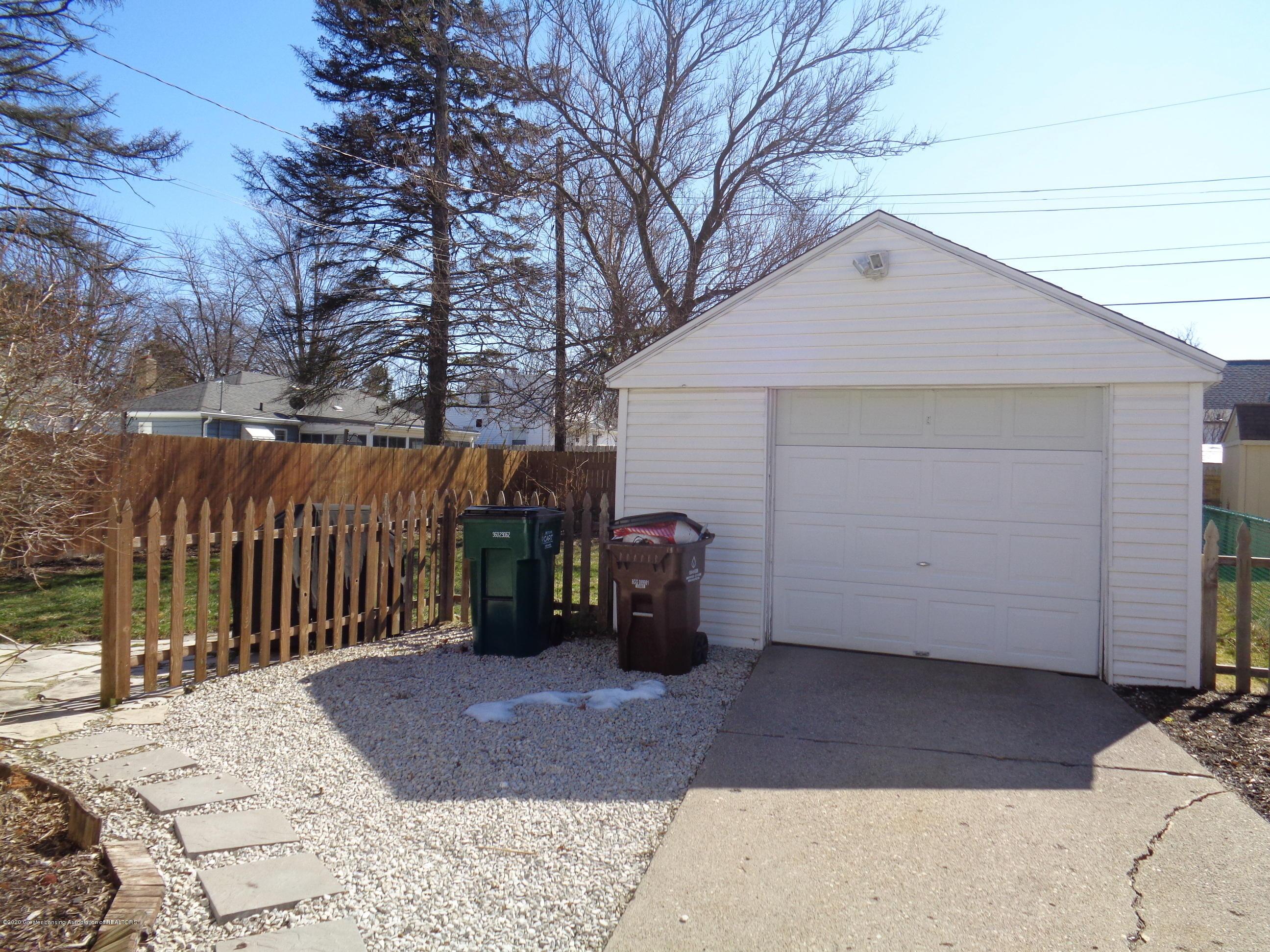 1130 Tisdale Ave - tisdale garage - 19