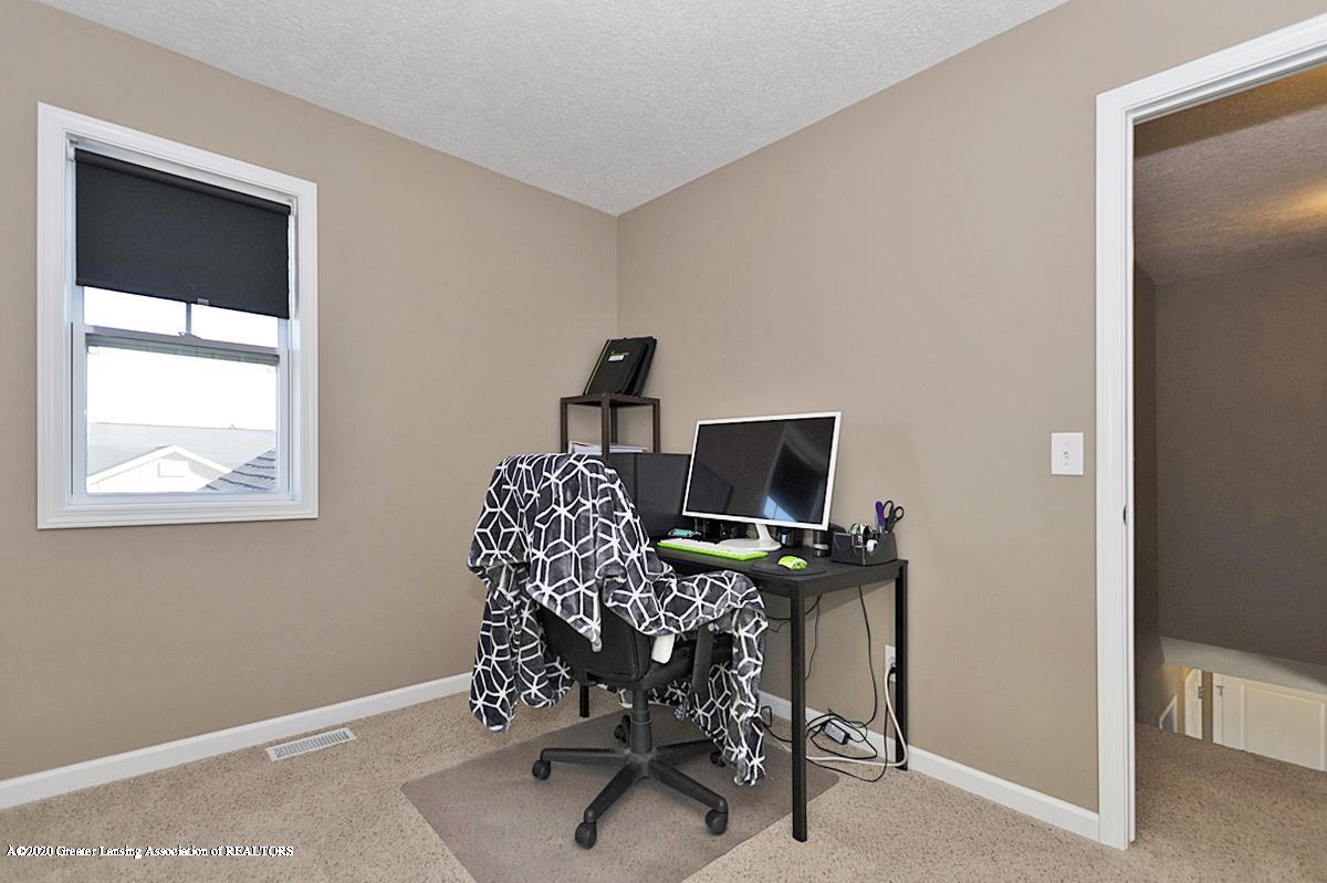 6750 Castleton Dr - Bedroom 3 - 13